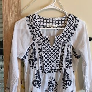 White and blue tunic top